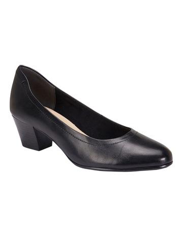 3ace3bc5b9fae ... Shoes Photograph  83304d1dce73 Heels ...