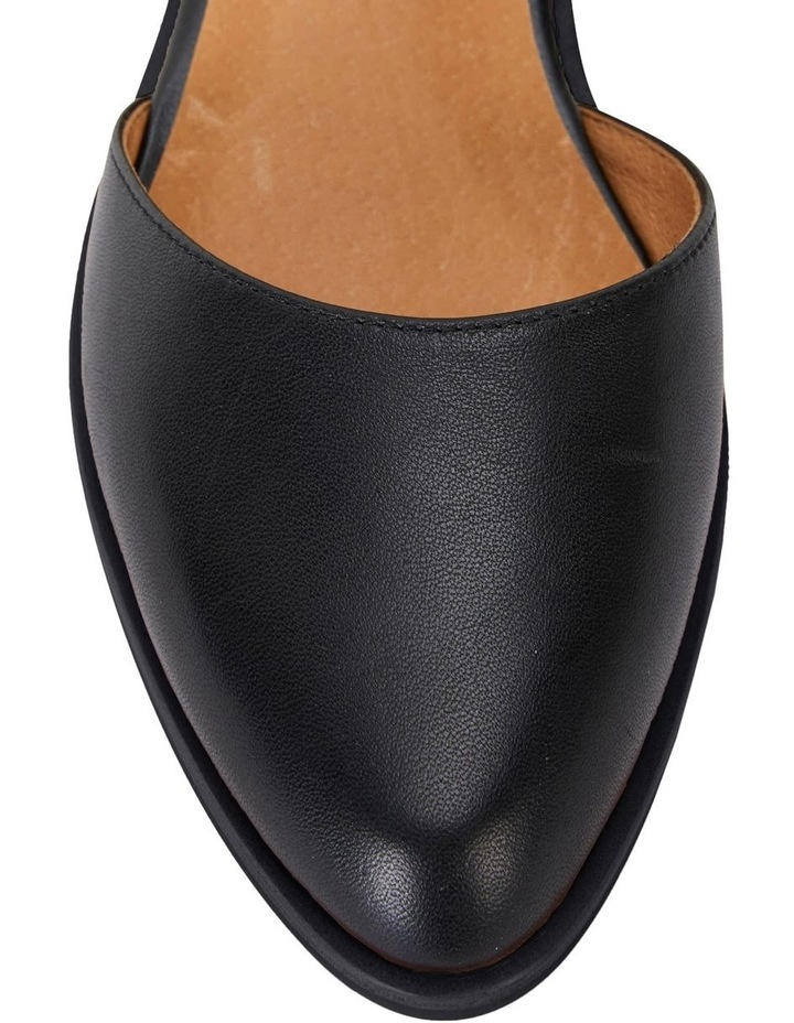 Jesinta Black Glove Flat Shoes image 5