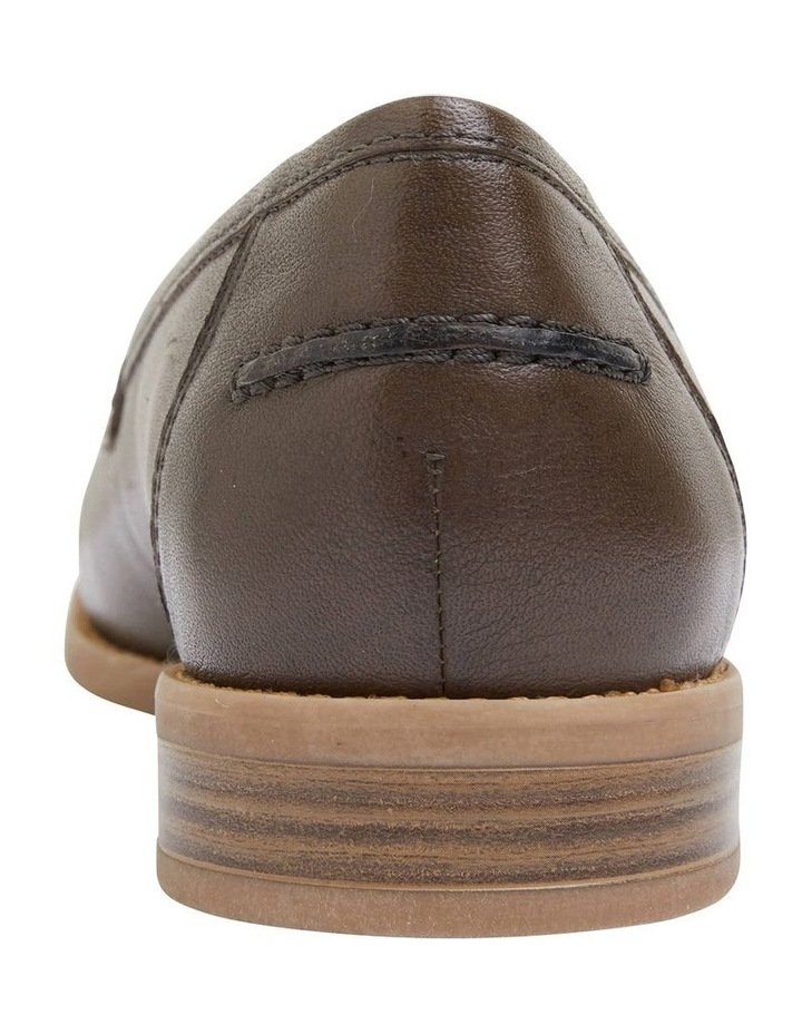 Gazebo Khaki Glove Flat Shoes image 6