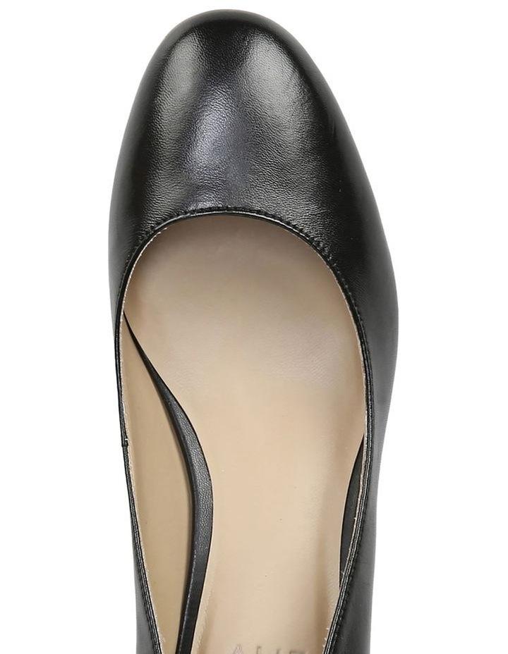 Pilar Black Heeled Shoes image 4