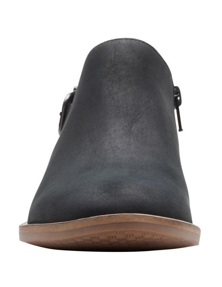 Camzin Pull Boot image 3
