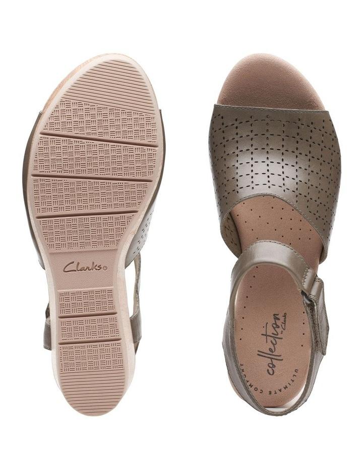 Cammy Glory Olive Leather Sandal image 7