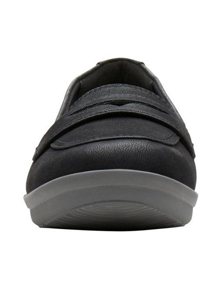 Ayla Form Flat Shoes image 3