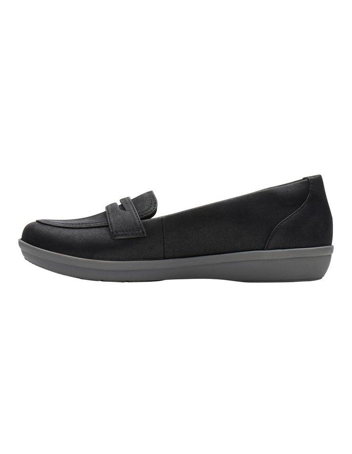 Ayla Form Flat Shoes image 5
