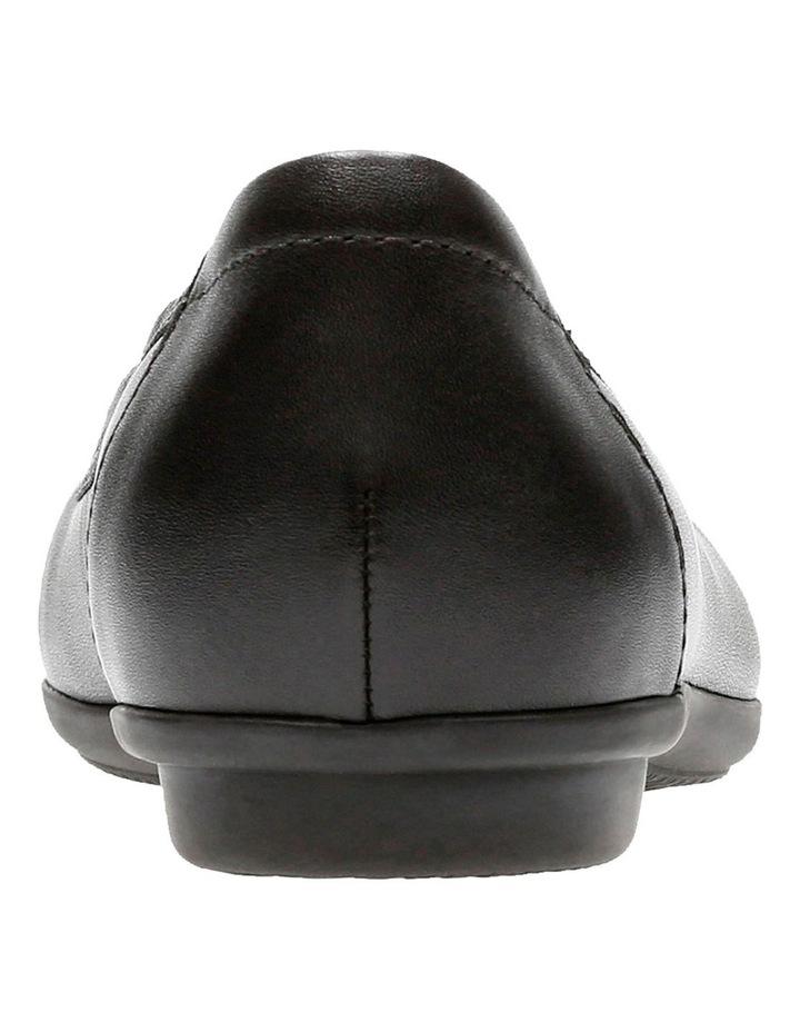 Lola Flat Shoe image 5
