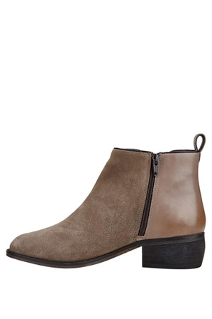 Hush Puppies - Deluxe Taupe Suede Boot