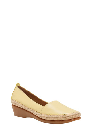 Hush Puppies - Tune Lemon Pump