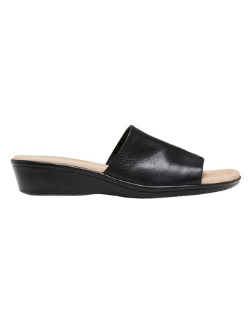 6e46e9be8 Hush Puppies Coco Black Sandal