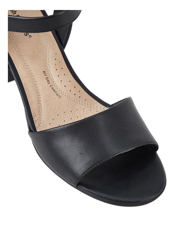 Lindera Black Sandal image 5