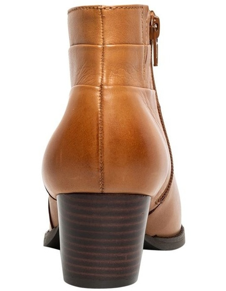 Supersoft Tumble Tan Boot image 3