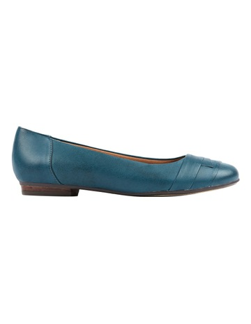 0f58c7d580f7 Wide Fit & Comfort Shoes For Women | MYER