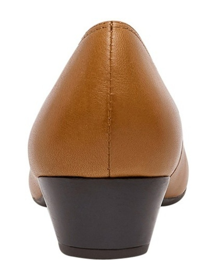 Rallie 2 Tan Pump image 3