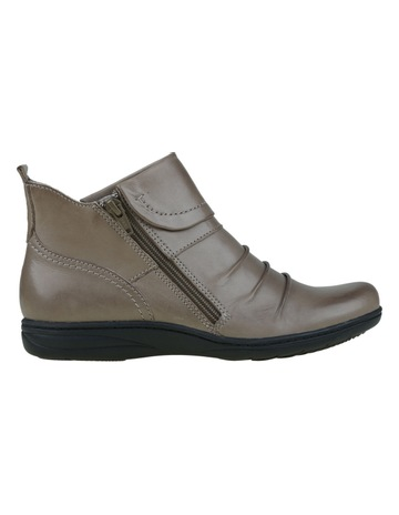 7c32ca845 Planet Shoes Ripple Taupe Boot
