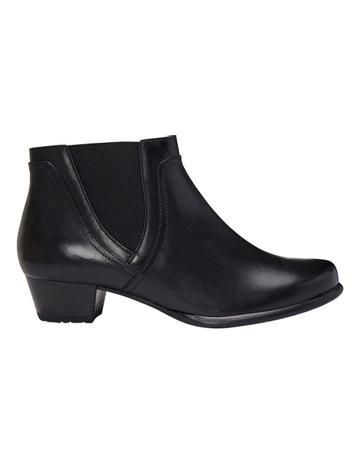 86deb92c555 Wide Steps Dion Black Glove Boot