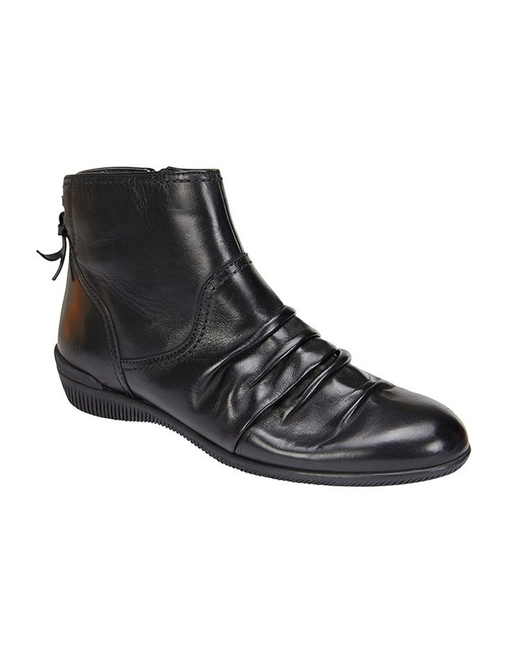 Waltz pleated leather black glove boot image 2