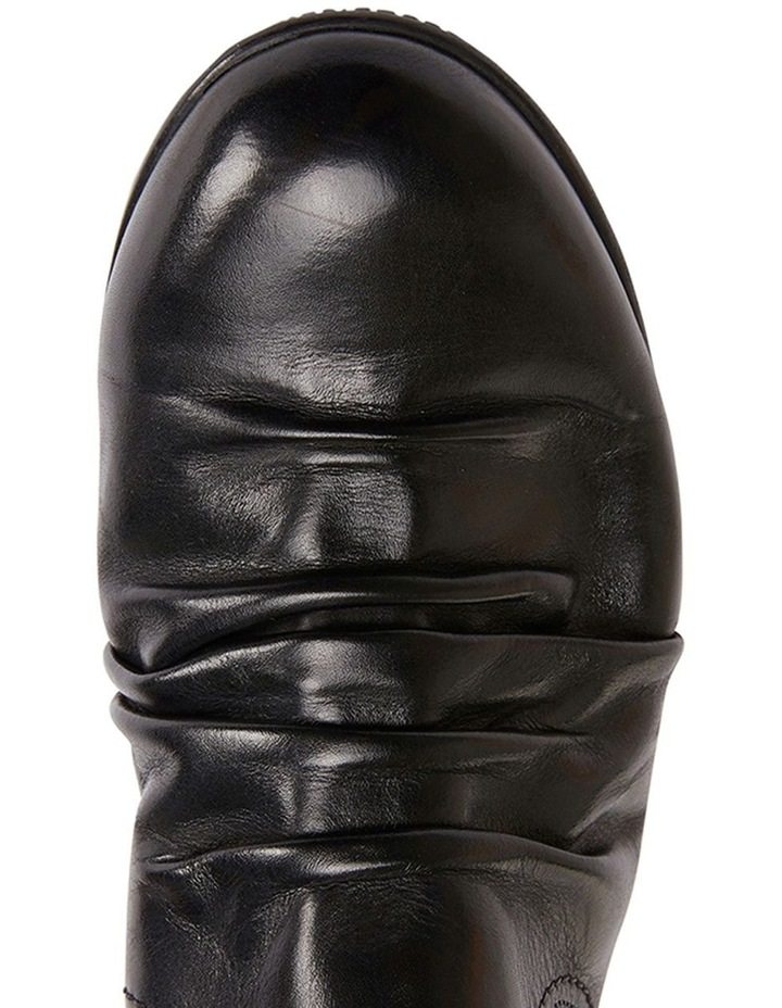 Waltz pleated leather black glove boot image 5