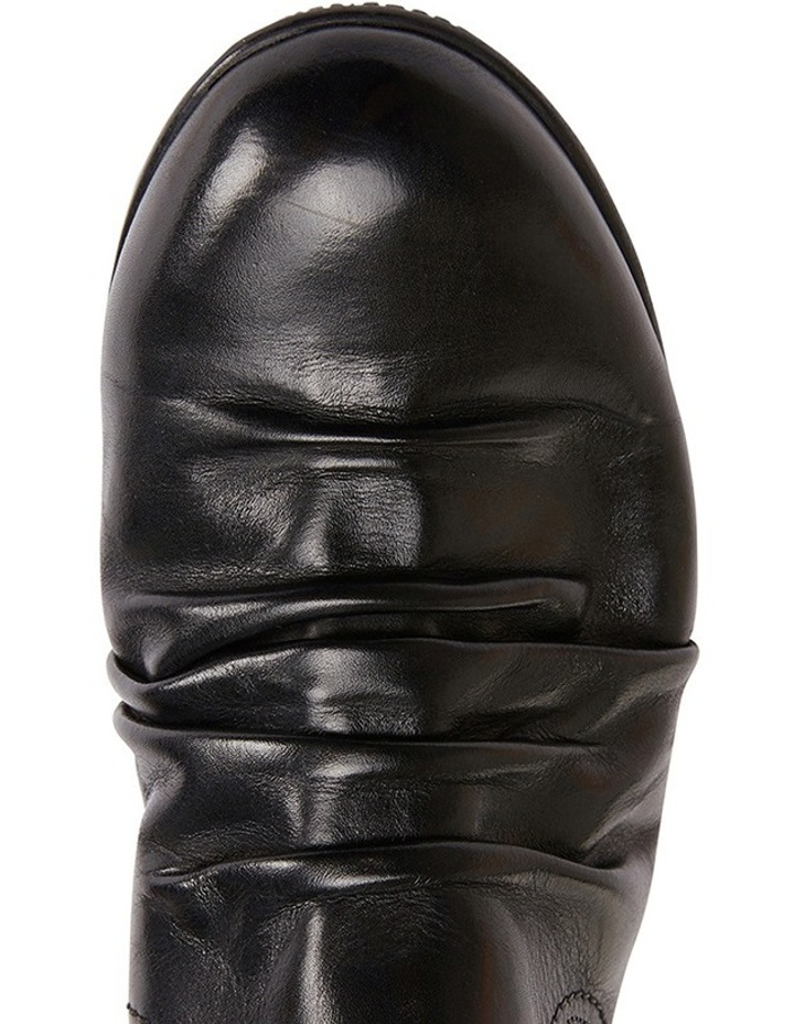 Waltz pleated leather black glove boot image 6
