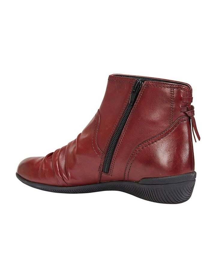 Waltz pleated leather red glove boot image 4