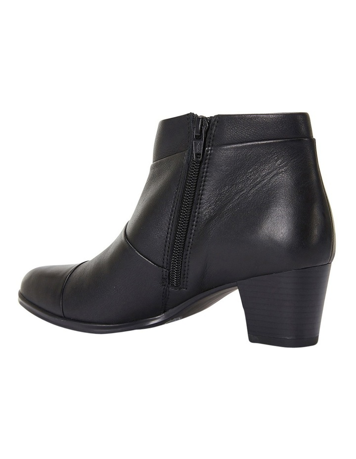 Marvin Pleated Leather Black Glove Boot image 8
