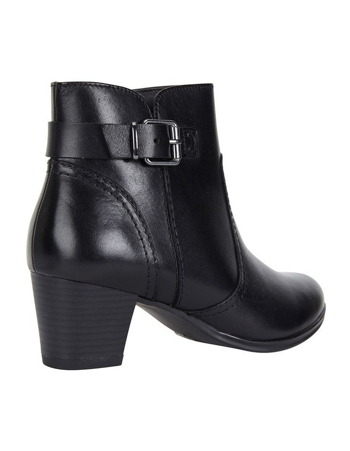 Wide Steps Mascot black glove boot image 4
