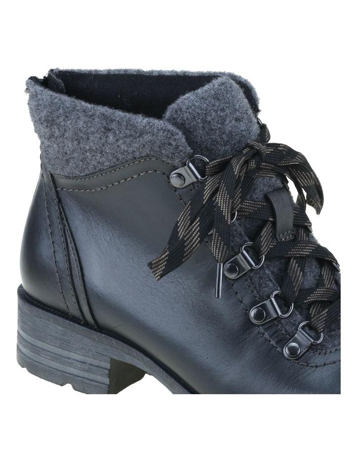 London Boot image 4