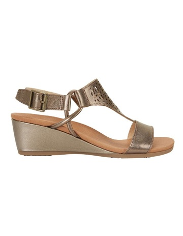 49a77f8a59f Women's Wedge Sandals | MYER