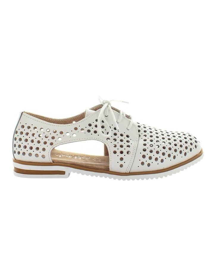 Cayenne Flat Shoe image 1