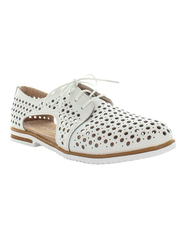 Cayenne Flat Shoe image 2