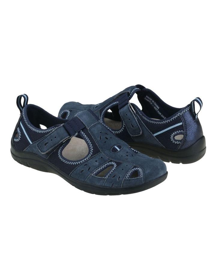 Engage Flat shoe image 3
