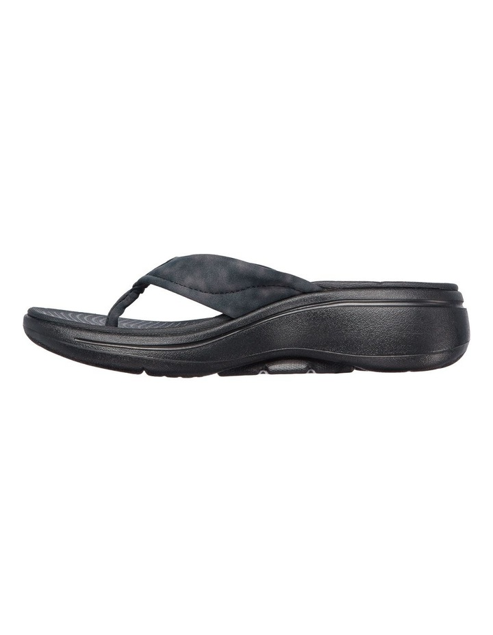 Go Walk Arch Fit Astound Sandal image 3