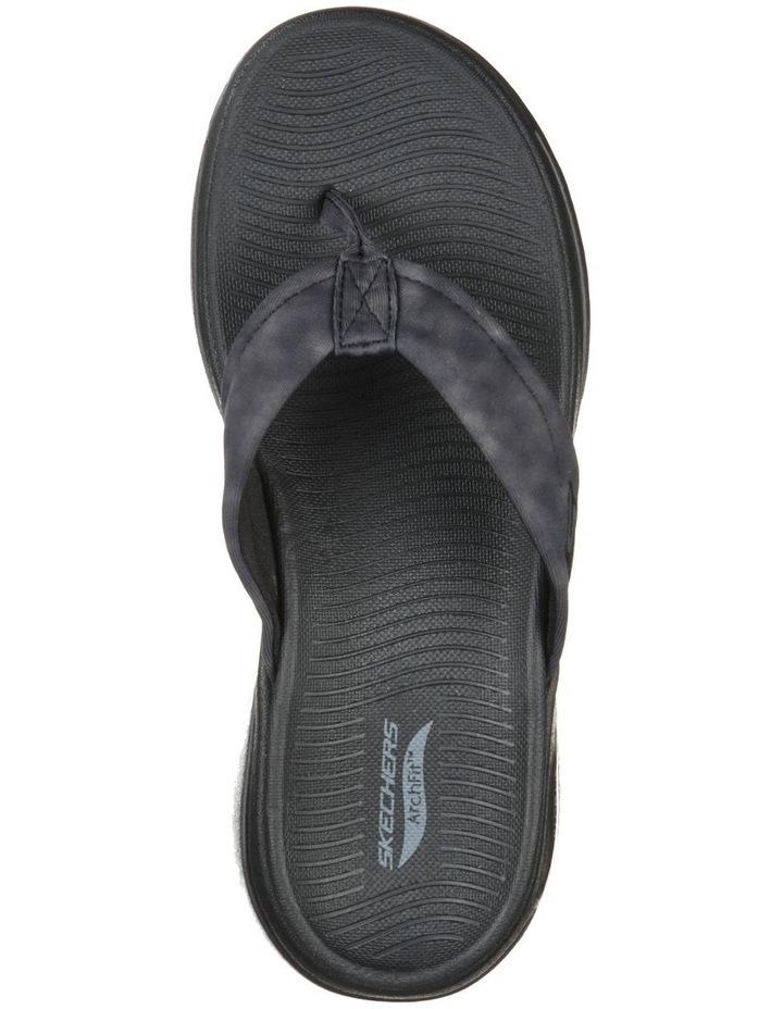 Go Walk Arch Fit Astound Sandal image 4