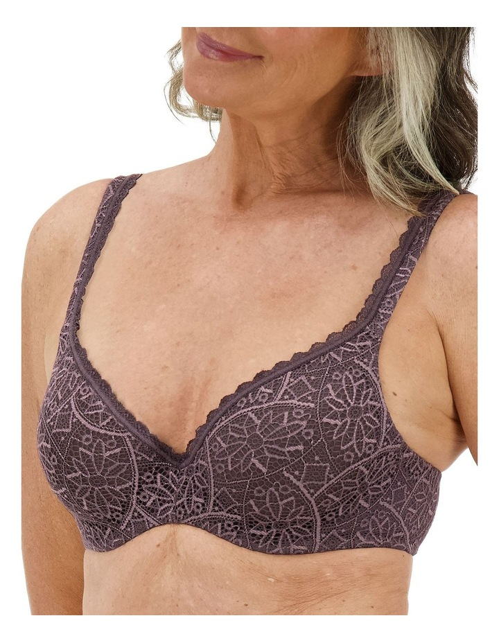 Barely There Lace Bra image 3