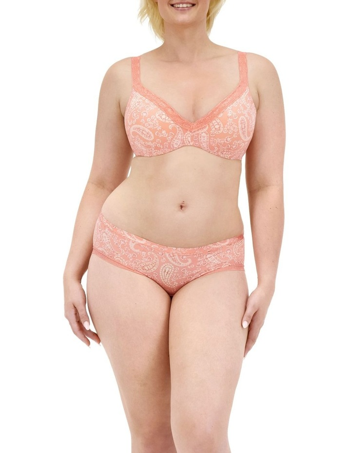 Barely There Luxe Contour Bra image 4