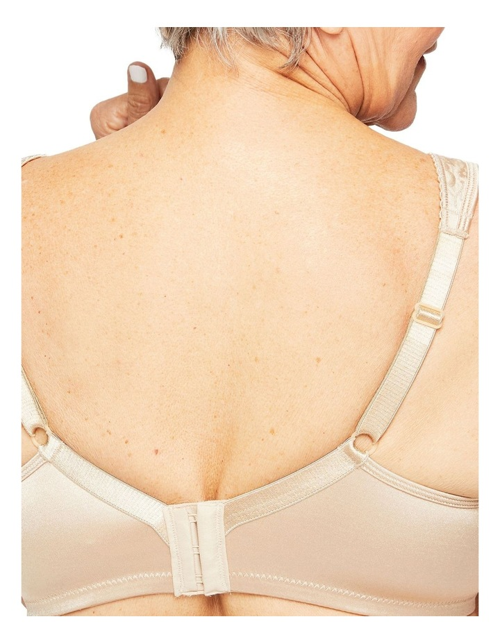 Ultimate Lift & Support Wirefree Bra Y1055H image 3