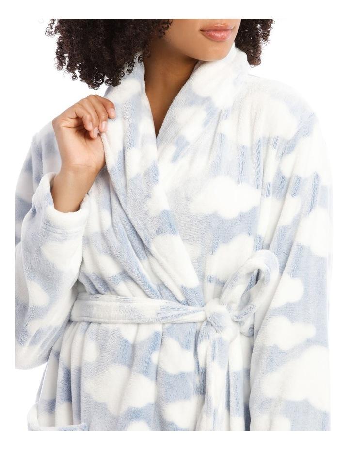 Textured Robe image 3