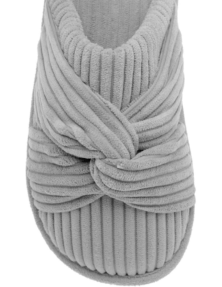 Knot Slipper image 3