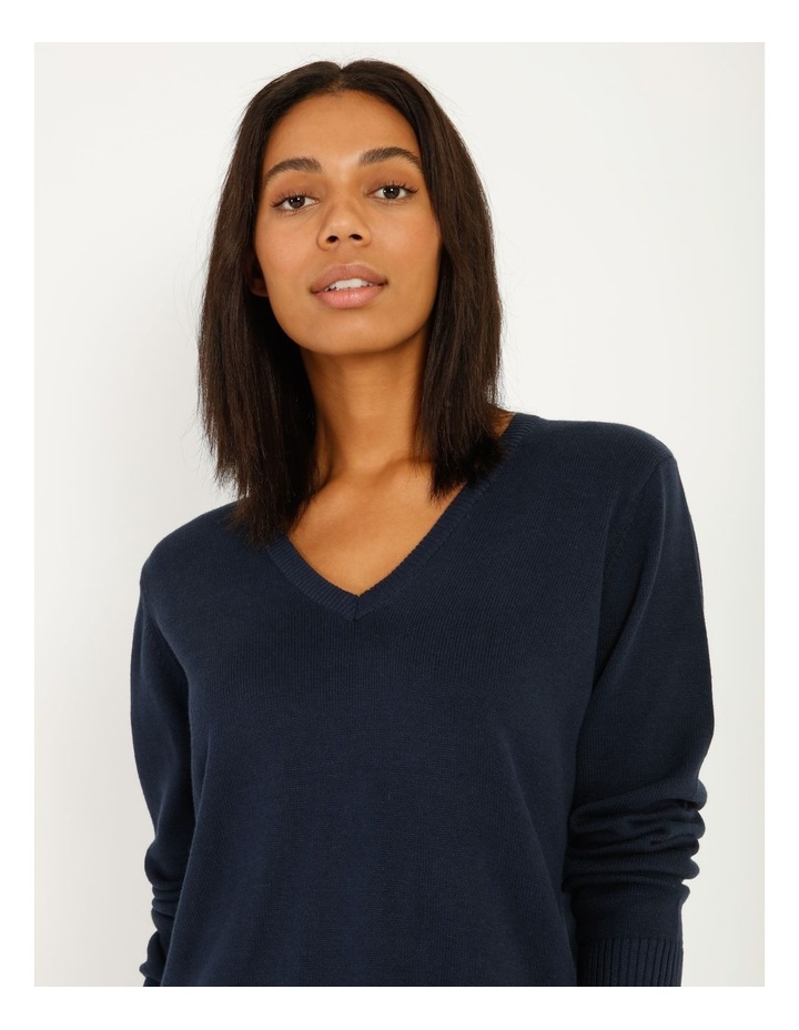 Fully Fashioned V-Neck Top image 4