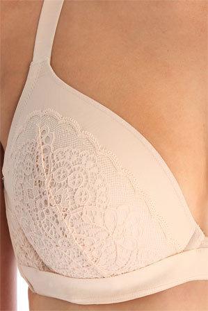 Berlei - 'Luxury Lace' Plunge Bra YYV3