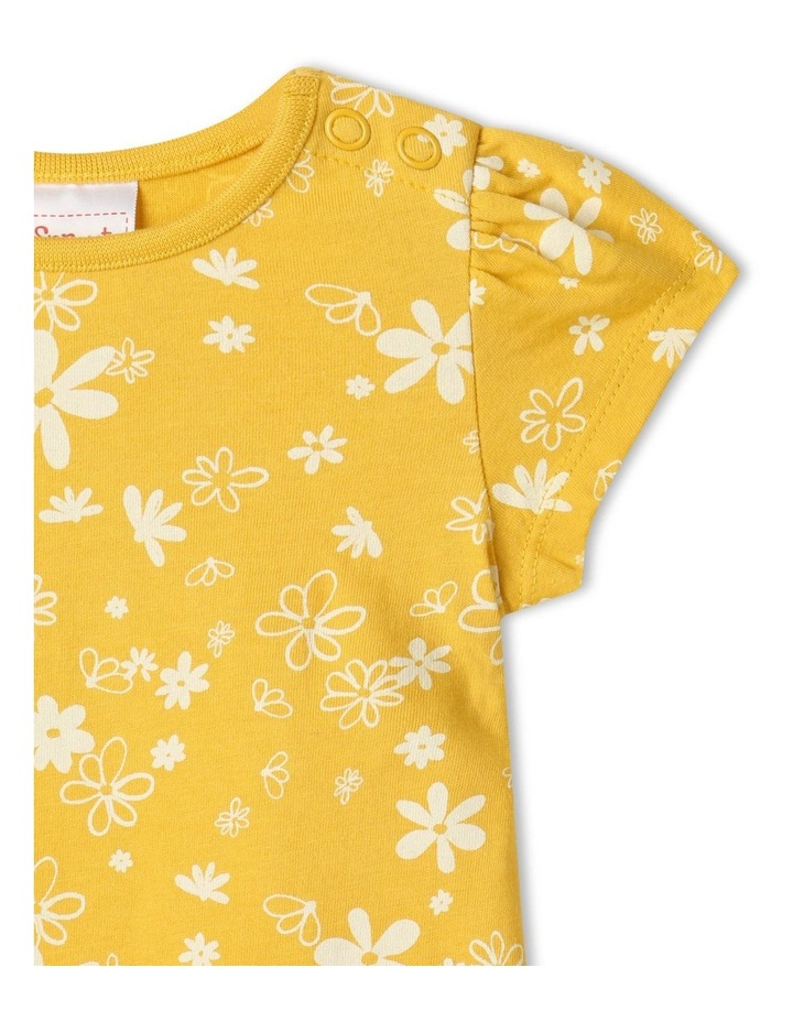 Essential Daisies Cap Sleeve T-Shirt Yellow image 2