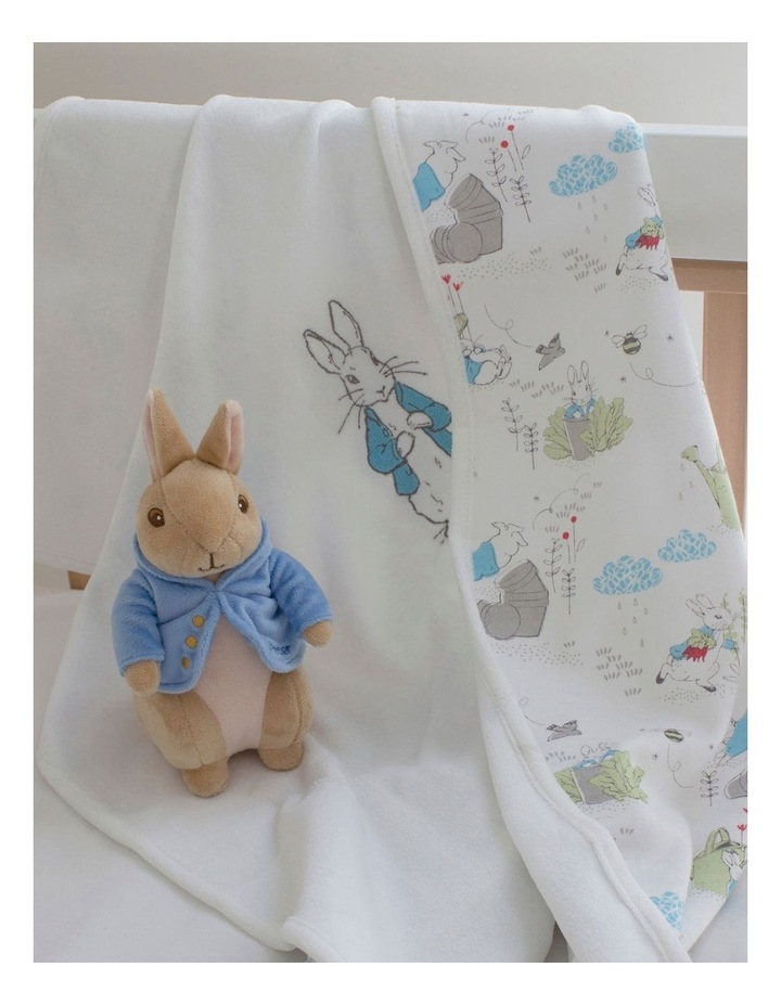 Peter Rabbit Baby Gift Set (contains: reversible Cuddle Blanket & Soft Toy) image 4