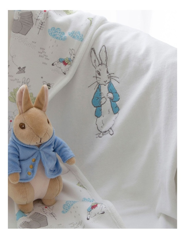 Peter Rabbit Baby Gift Set (contains: reversible Cuddle Blanket & Soft Toy) image 5