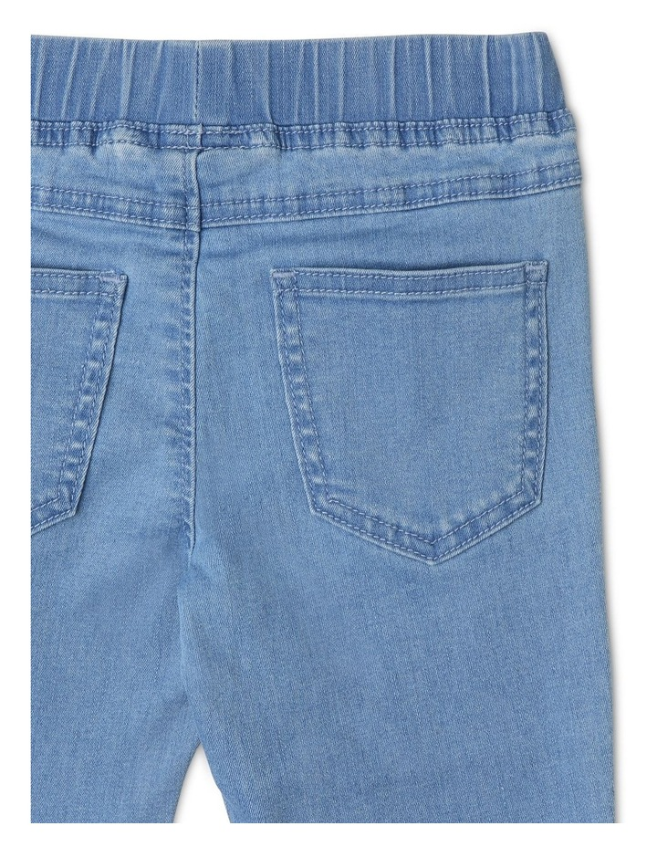 Pull-On Jean in Light Wash image 4