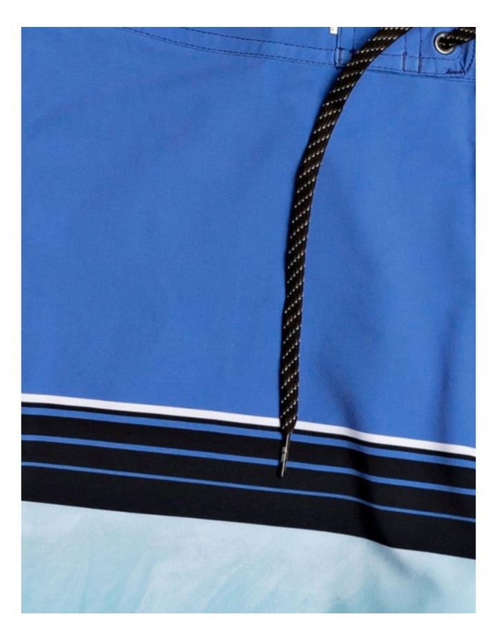 "Highline Slab 20"" Boardshorts for Boys image 2"