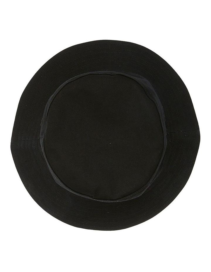 JUNIORS SCRIPT BUCKET HAT image 2