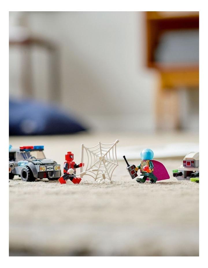 Marvel Spider-Man vs. Mysterio's Drone Attack 76184 image 3
