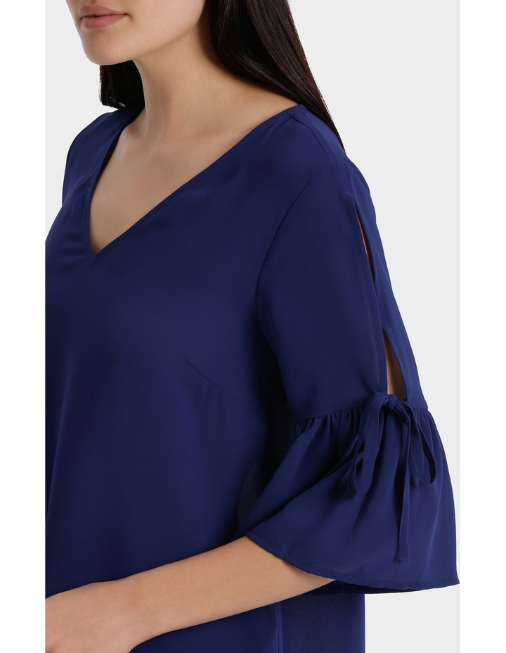 frill sleeve cold shoulder top - bright blue image 4