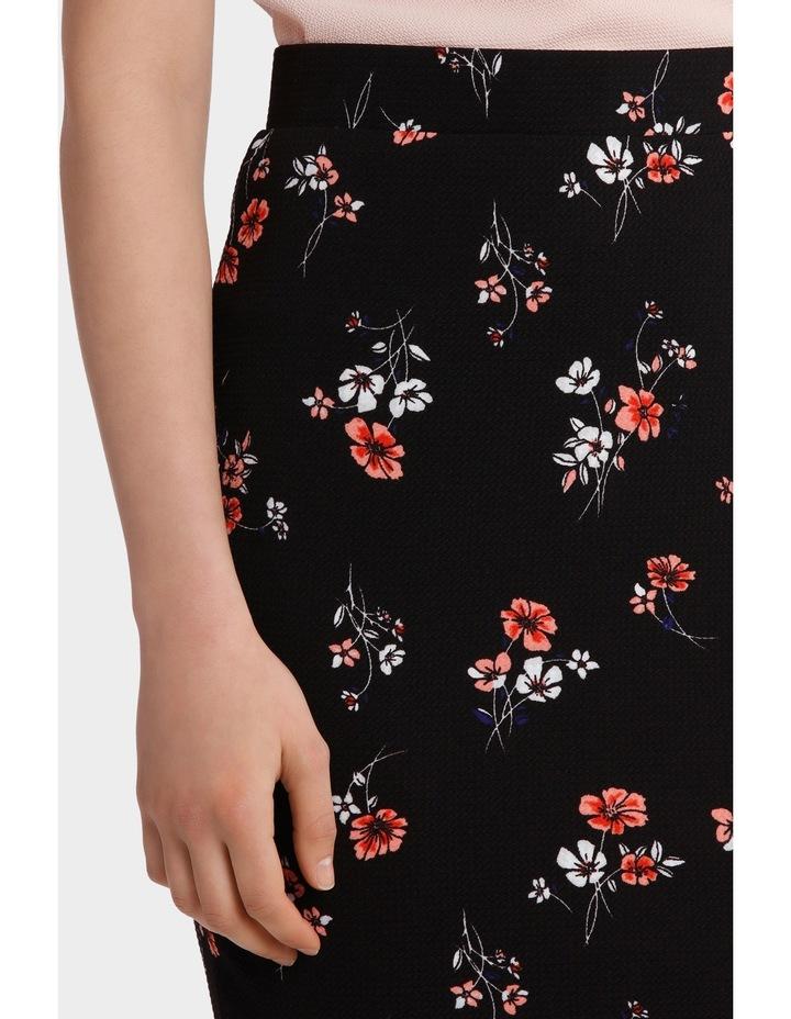 Textured Pencil Skirt image 4