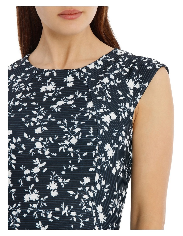 textured body con dress - silhouette print image 4