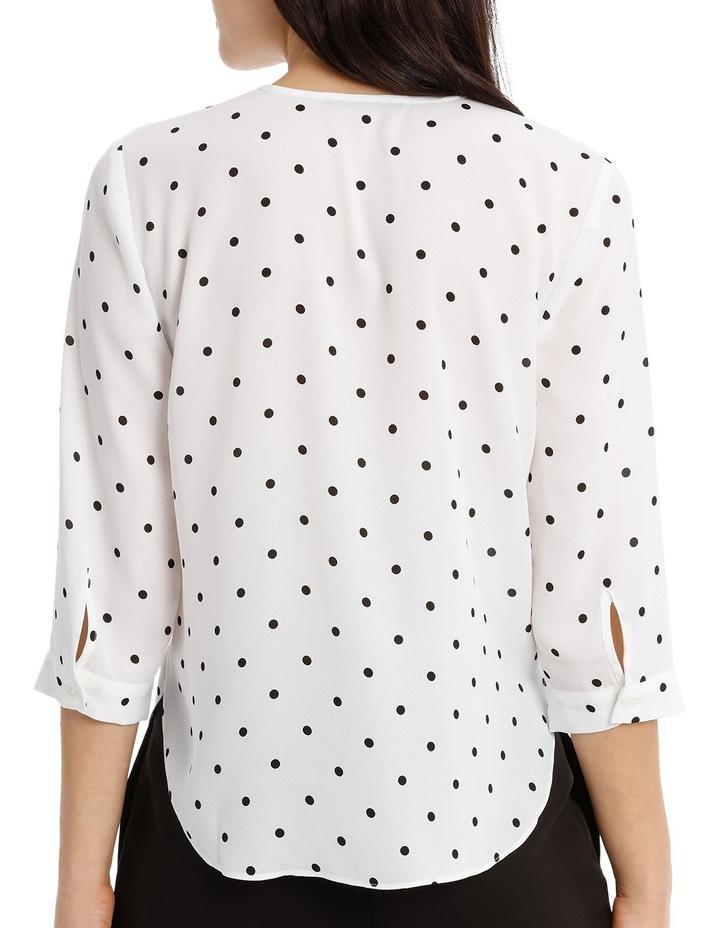 Cross Over Neck 3/4 Shirt - Spot image 3