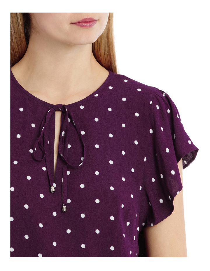 Flutter Sleeve Tie Neck Top - Spot image 4